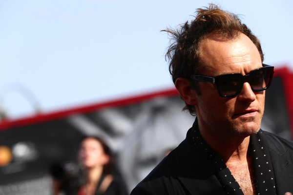 099982 The New Pope Red Carpet Arrivals - The 76th Venice Film Festival - Jude Law