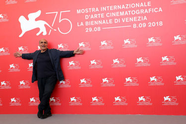 05 Director Amir Naderi attends Magic Lantern photocall during the 75th Venice Film Festival