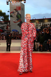 09 Tilda Swinton walks the red carpet ahead of the _At Eternity_s Gate_ screening during the 75th Venice Film Festival
