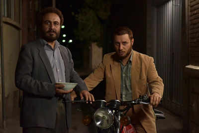 "Sitcom ""Centipede"" lifts Iran box office record"