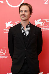 0996 Tom Schilling attends _Werk Ohne Autor (Never Look Away)_ photocall during the 75th Venice Film Festival