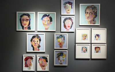Elham Azimi Opens Painting Show in Mojdeh Gallery