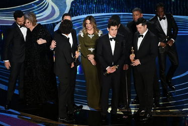 crew_of_spider-man-_into_the_spider-verse_accepts_the_animated_feature_film_award_during_the_91st_annual_academy_awards-oscars_2019-getty-h_2019_