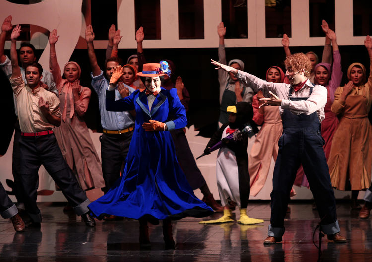 Mary Poppins on Stage in Tehran's Vahdat Hall