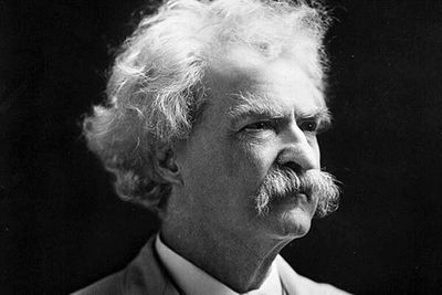 Namayesh Radio reviews works by Mark Twain