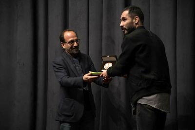"""Fatherless"", ""This Is Not a Pipe"" top at Iranian Theater Critics Awards"