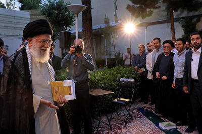Leader Warns of Persian Language Decay