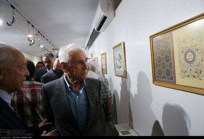 Artist Mohammad Bahrami honored in Tehran