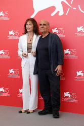 096 Jacqueline Bisset and Amir Naderi attend Magic Lantern photocall during the 75th Venice Film Festival at