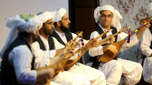 Iran seeks UNESCO status for dotar instrument