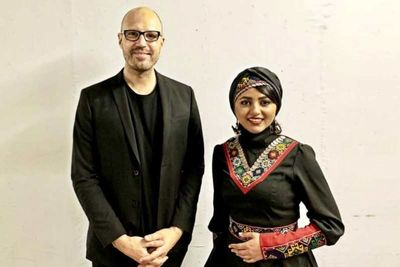 Iranian Dotar Player Yalda Abbasi Touring With Germany's Schiller