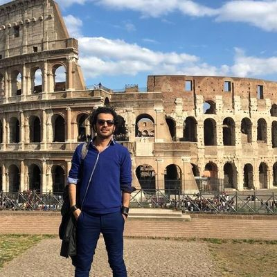 Iranian director Shams to stage Shahnameh story in Italy