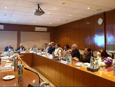 Iranian Cultural Official Meets Indian Researchers