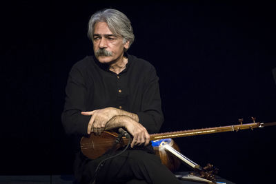 Kayhan Kalhor Opposed to Cancelation of Concerts as Protest Movement